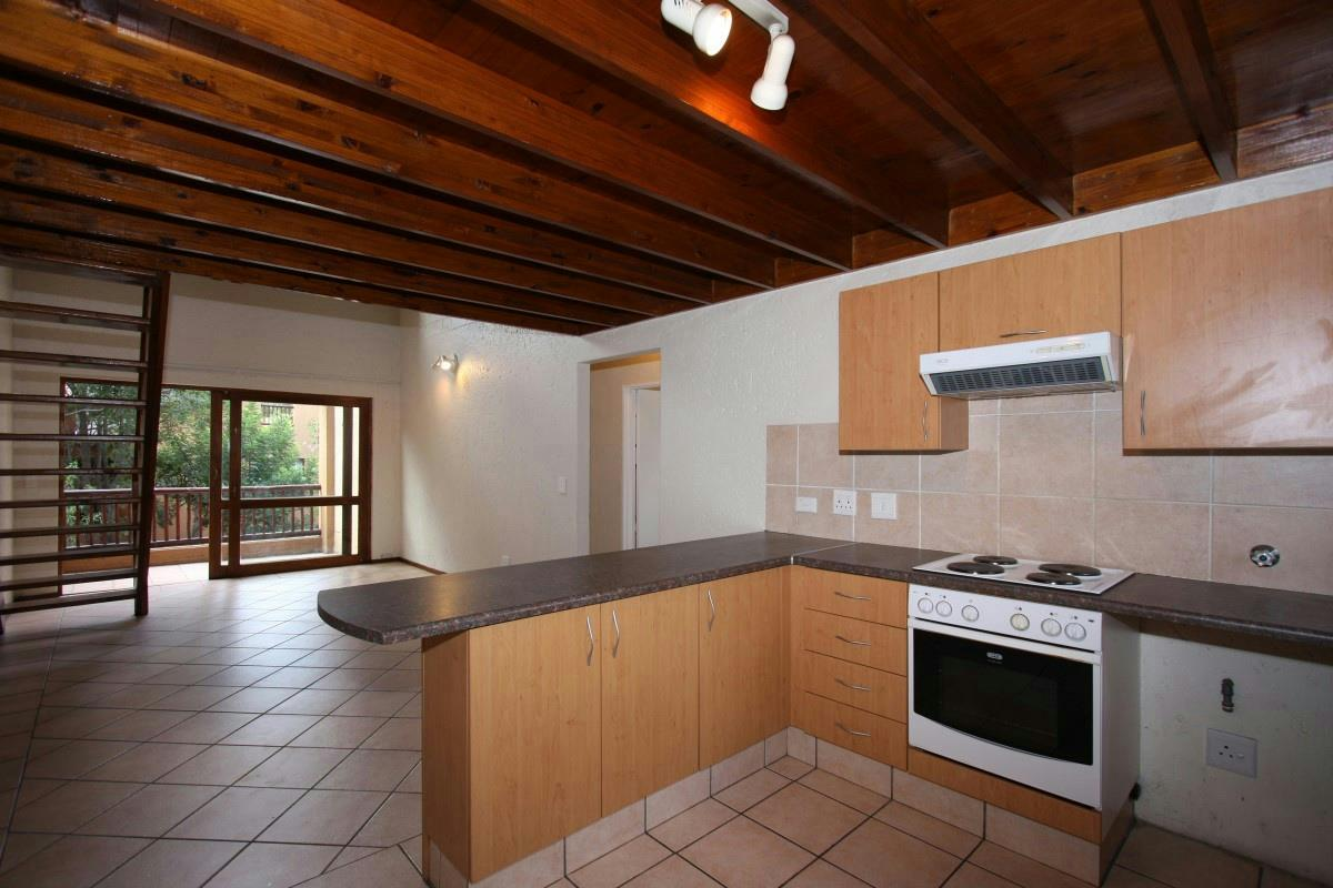 https://listing.pamgolding.co.za/Images/Properties/201712/811667/H/811667_H_6.jpg