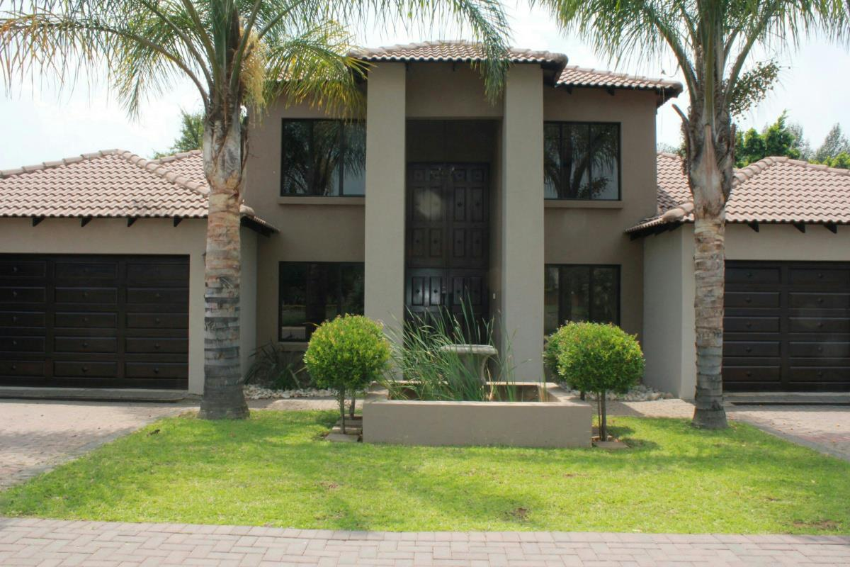 https://listing.pamgolding.co.za/Images/Properties/201802/501075/H/501075_H_36.jpg
