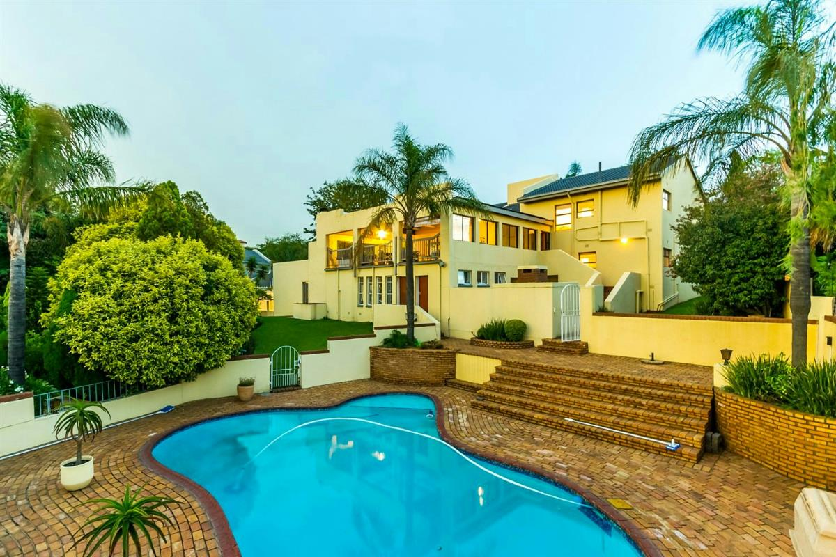 4 Bedroom House For Sale In Northcliff Johannesburg R5200000