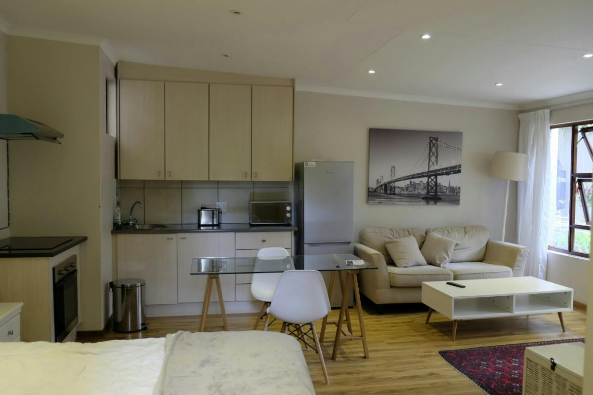 1 Bedroom Bachelor Apartment To Rent Silver Lakes Golf