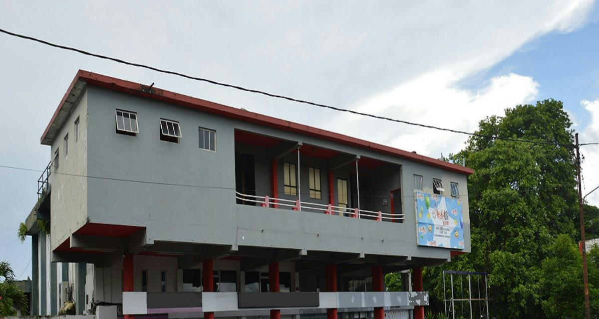 1747 m² commercial retail property for sale in Rose Hill (Mauritius)