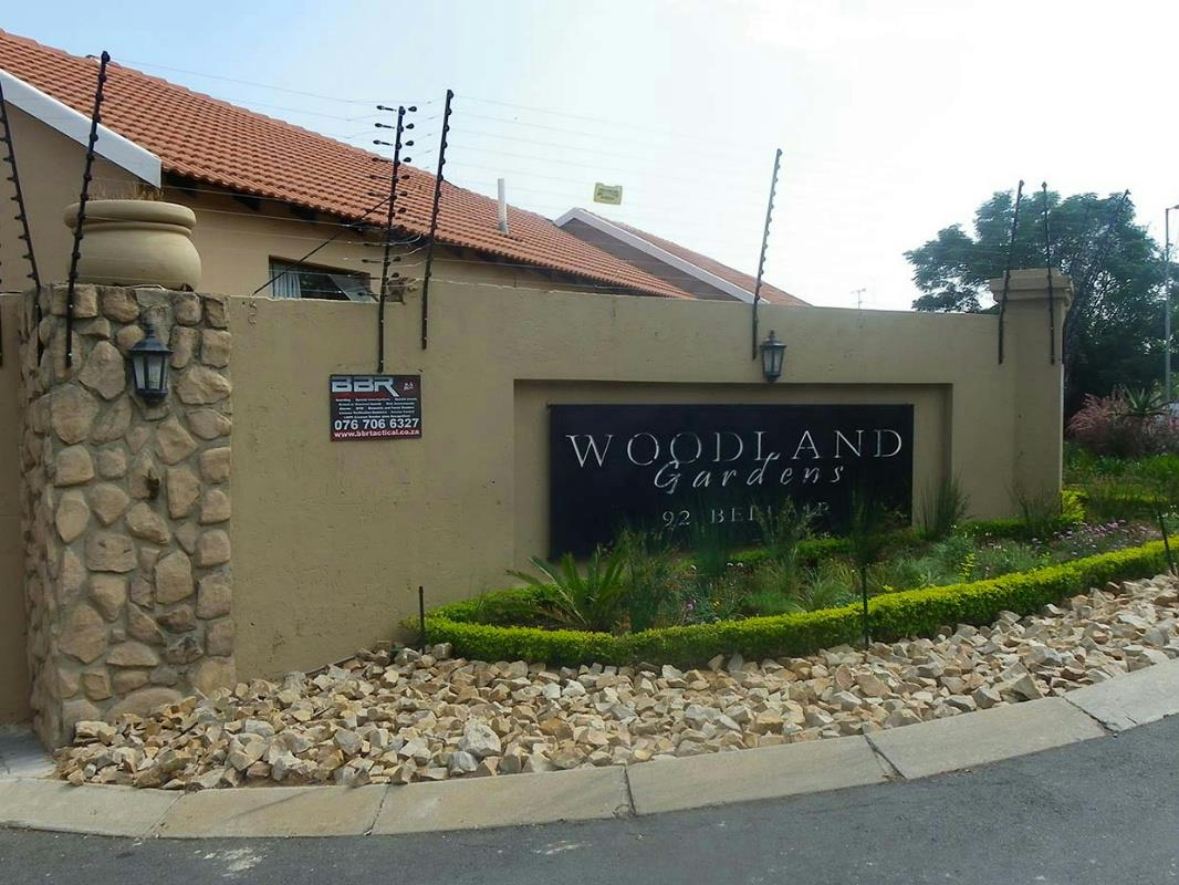 https://listing.pamgolding.co.za/Images/Properties/201803/885971/H/885971_H_22.jpg