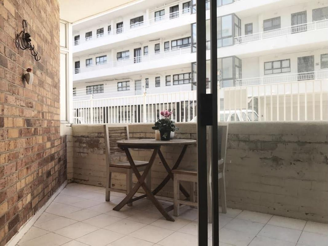 https://listing.pamgolding.co.za/images/properties/201803/886888/H/886888_H_1.jpg
