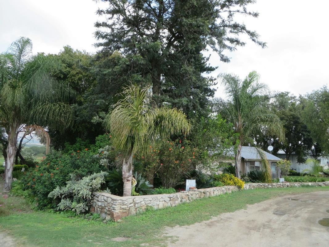 10 hectare smallholding for sale in Zandfontein (Hartbeespoort)