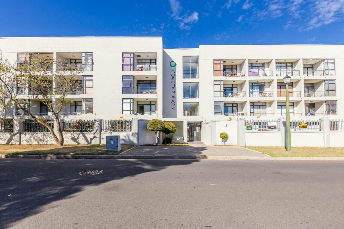 https://listing.pamgolding.co.za/Images/Properties/201806/947080/H/947080_H_6.jpg