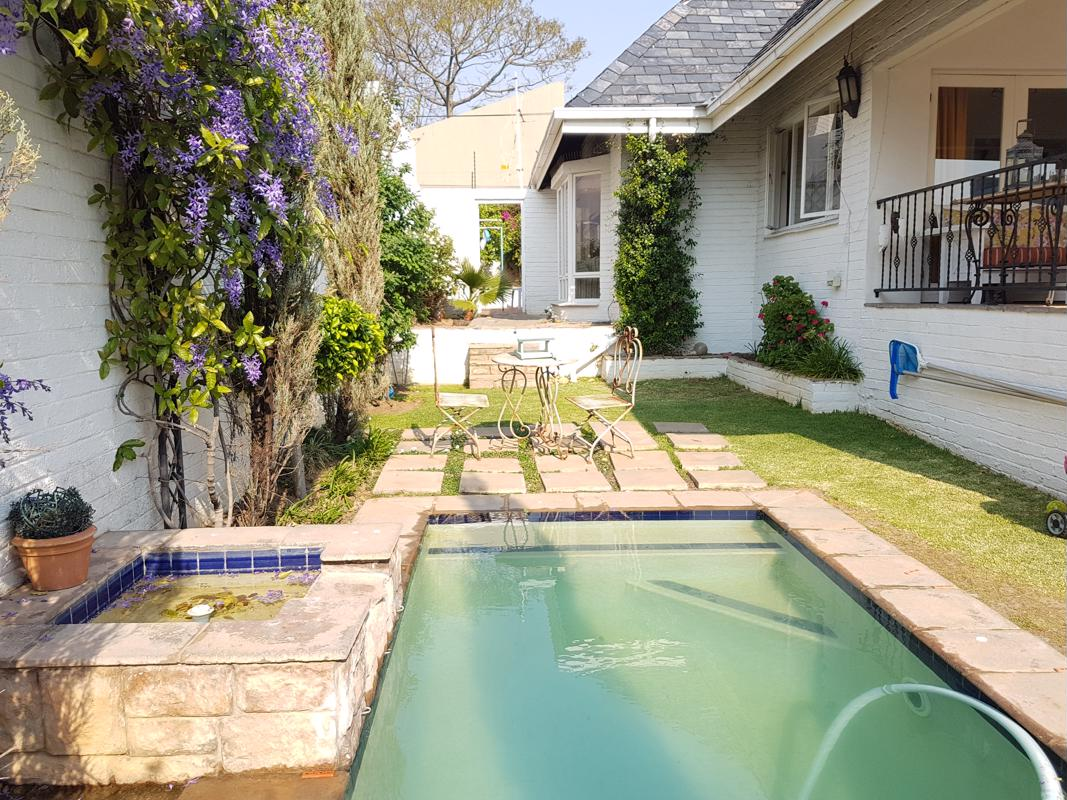 https://listing.pamgolding.co.za/images/properties/201809/1057171/H/1057171_H_7.jpg