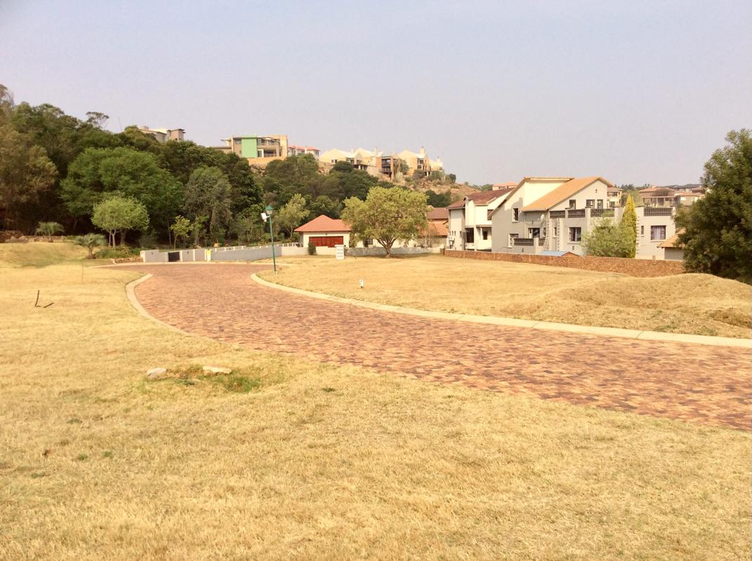 352 m2 Residential Vacant Land For Sale | Kungwini Country