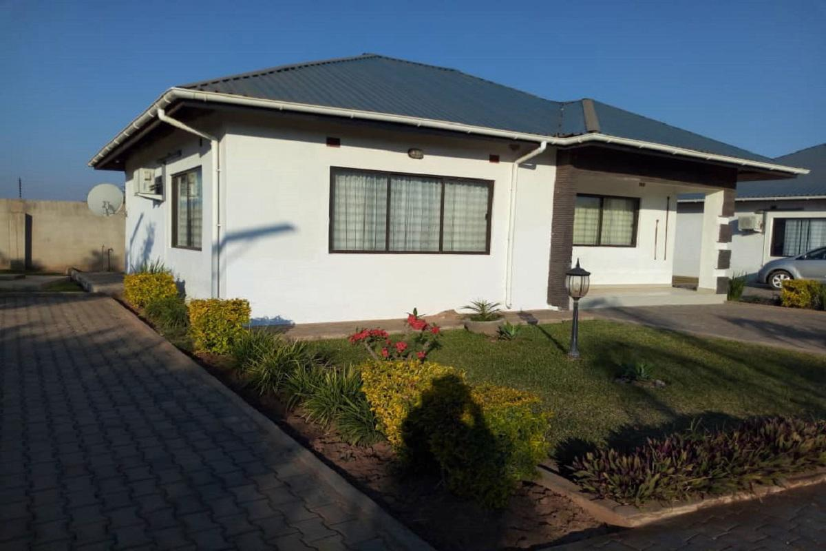 https://listing.pamgolding.co.za/images/properties/201809/1058897/H/1058897_H_20.jpg