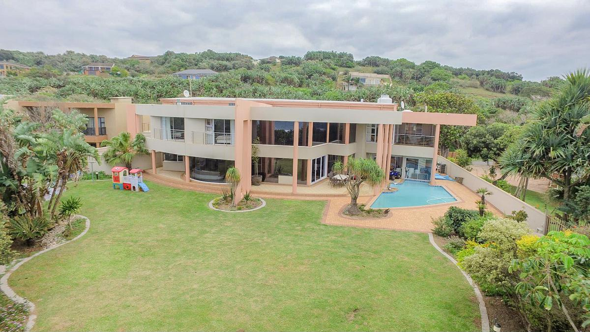 4 bedroom house for sale in Oslo Beach (Port Shepstone)