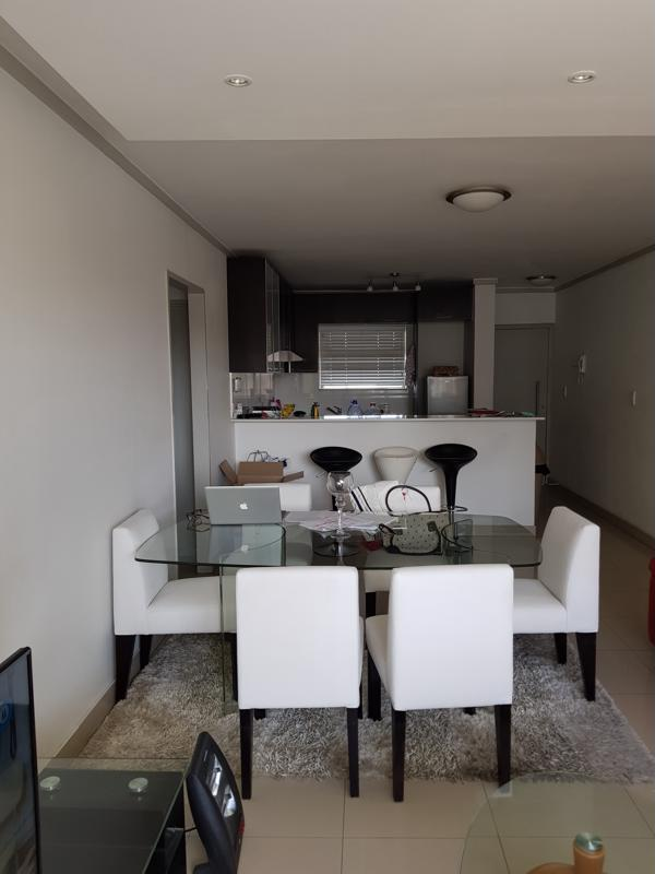 https://listing.pamgolding.co.za/images/properties/201810/1078461/H/1078461_H_8.jpg