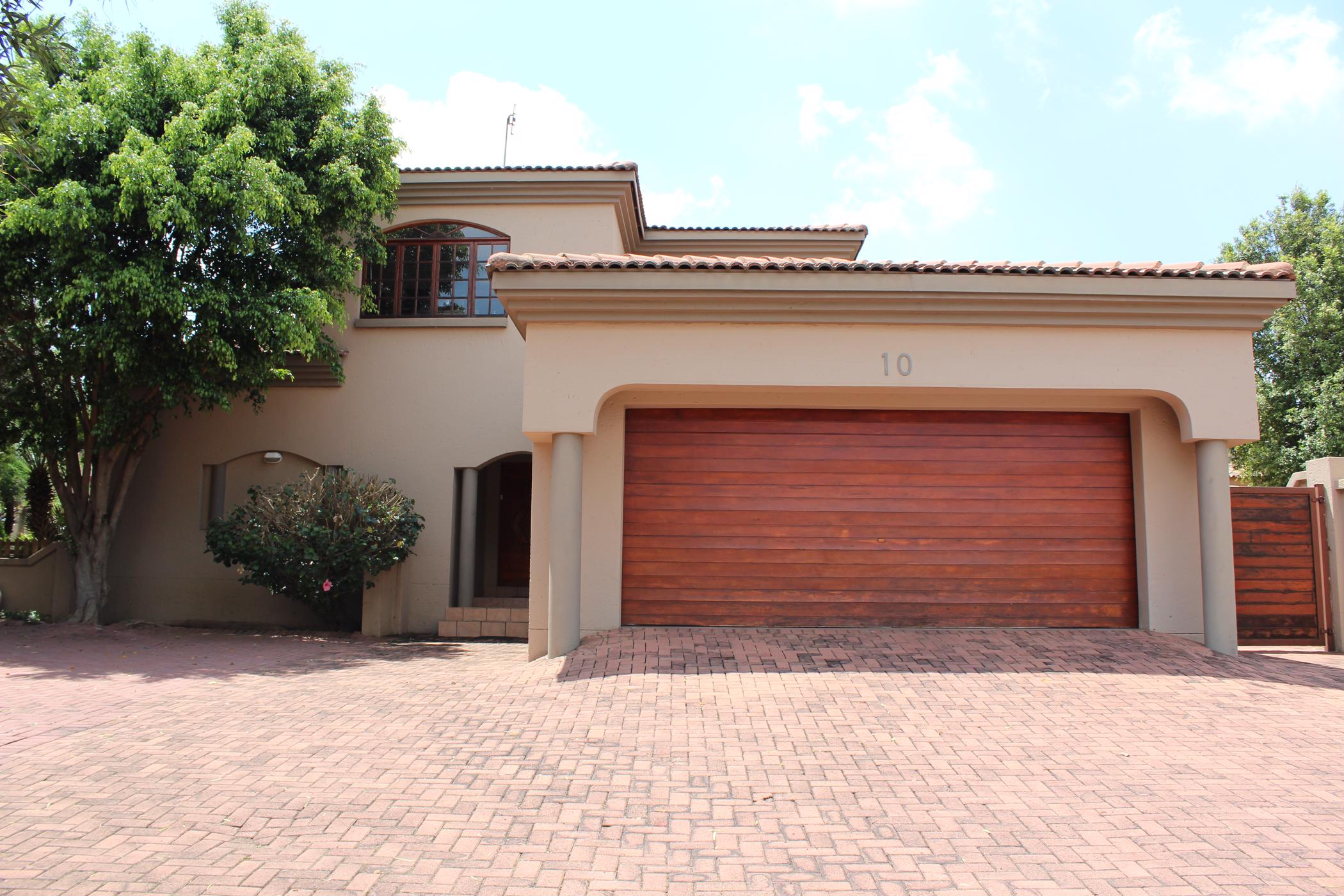https://listing.pamgolding.co.za/images/properties/201811/401877/H/401877_H_11.jpg