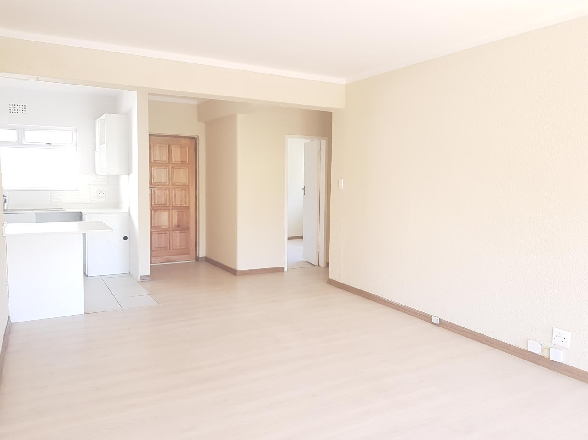 https://listing.pamgolding.co.za/images/properties/201812/1135858/H/1135858_H_4.jpg