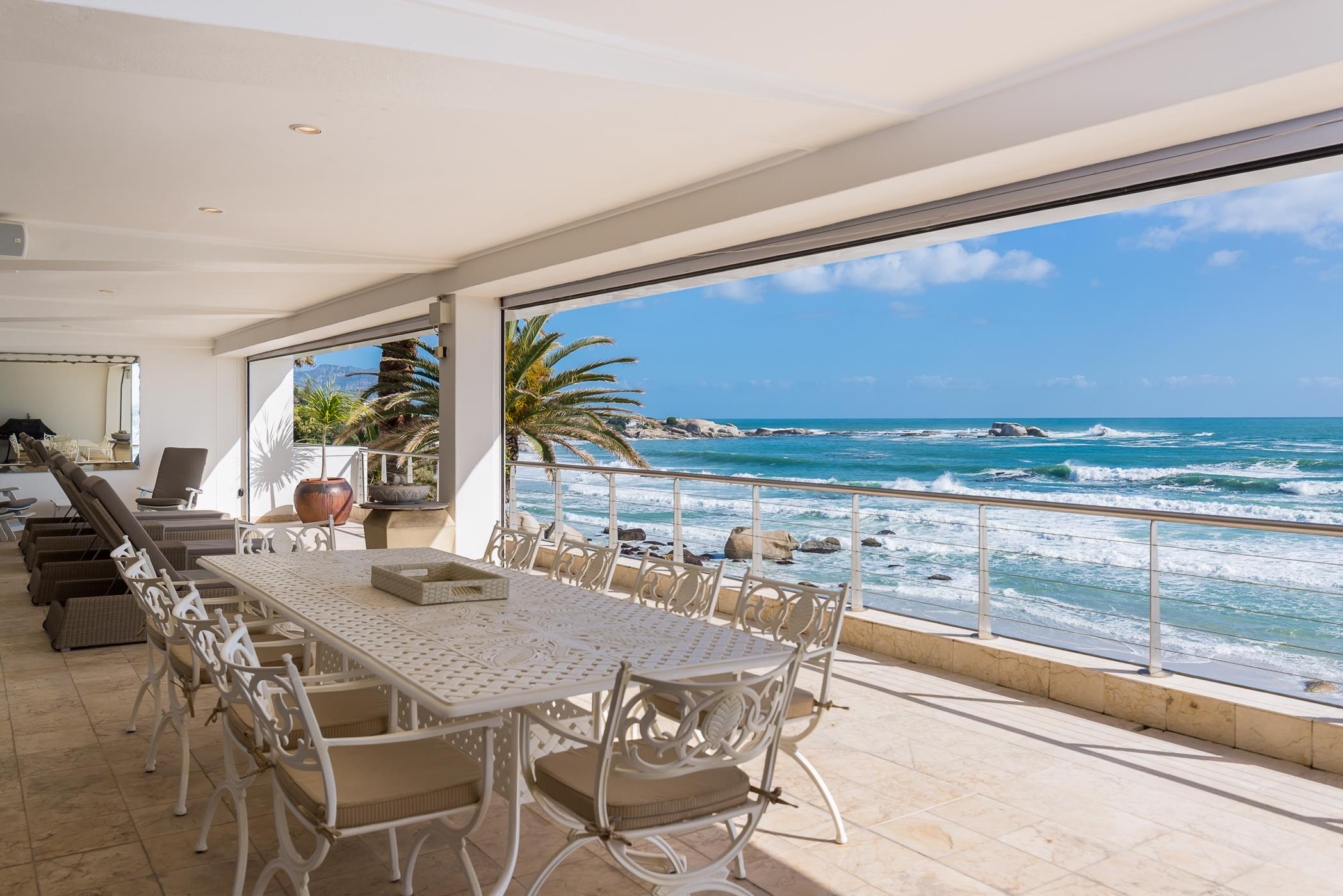 2 bedroom apartment for sale in Clifton