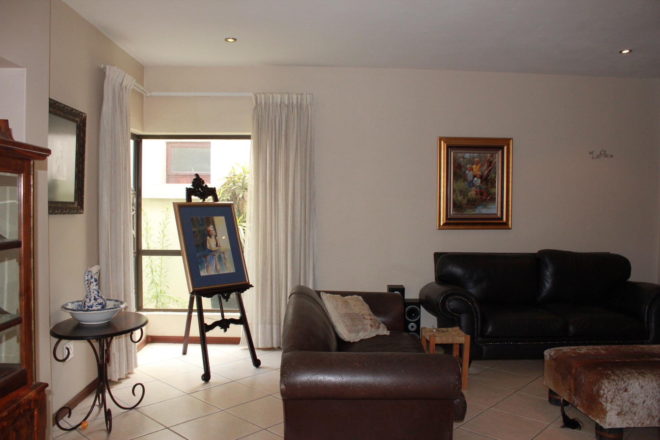3 Bedroom House To Rent Silver Stream Ptl1414841 Pam