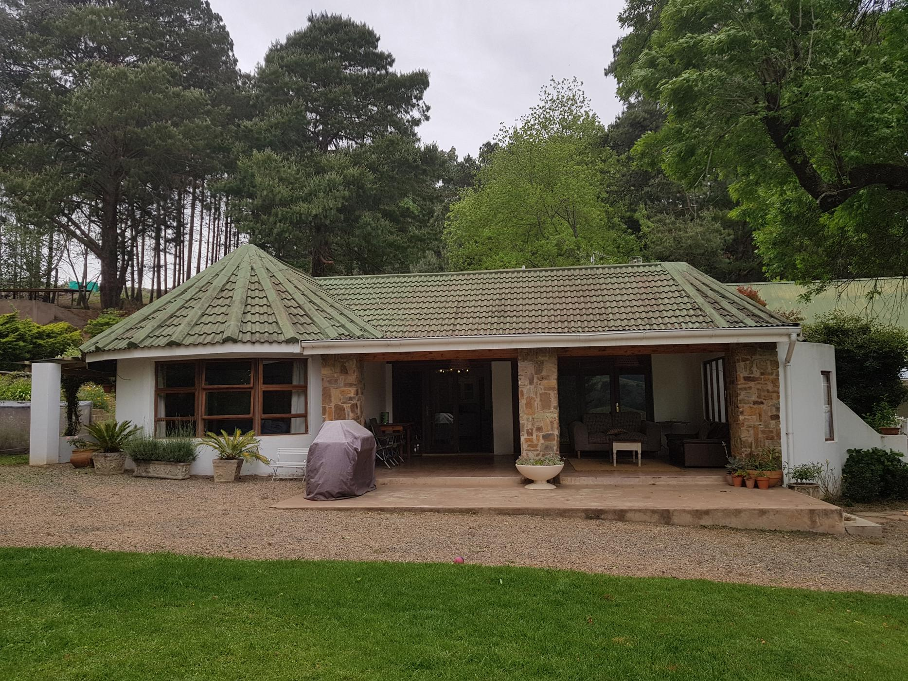 https://listing.pamgolding.co.za/images/properties/201901/1256089/H/1256089_H_17.jpg