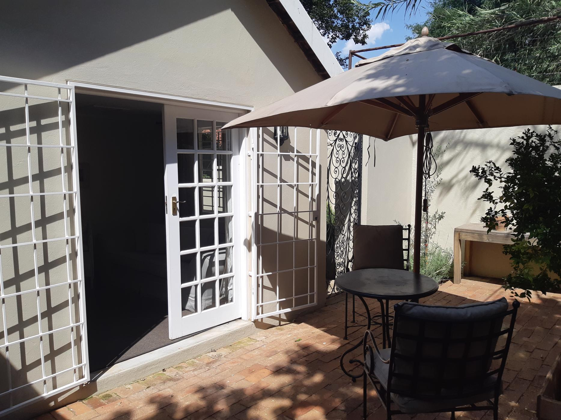 https://listing.pamgolding.co.za/images/properties/201901/1257485/H/1257485_H_12.jpg
