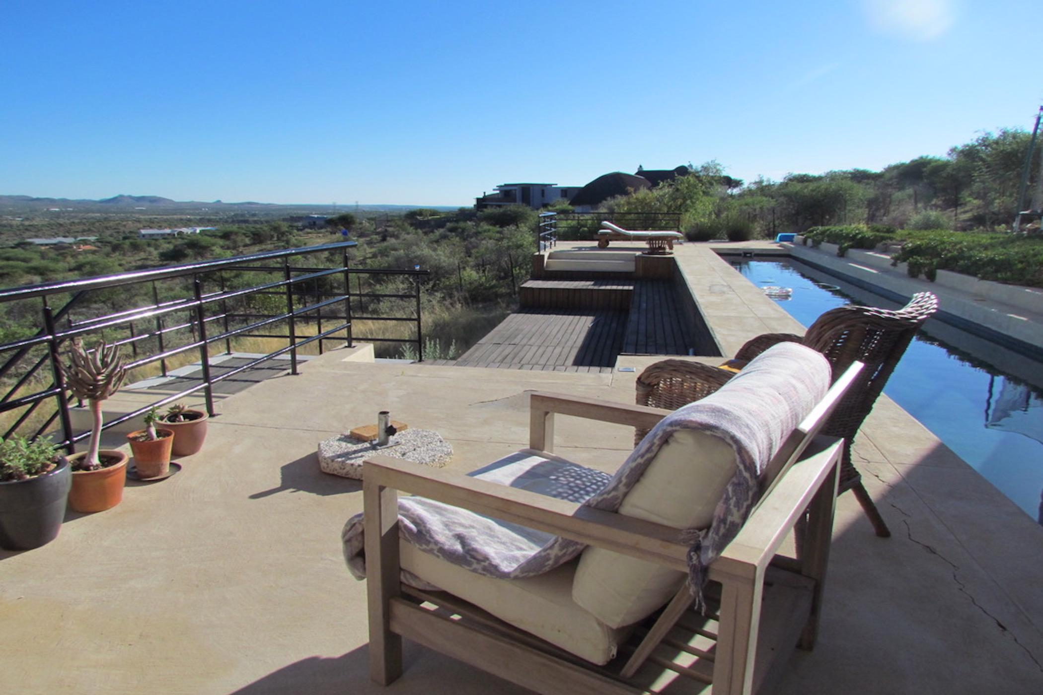 https://listing.pamgolding.co.za/images/properties/201902/1272609/H/1272609_H_23.jpg