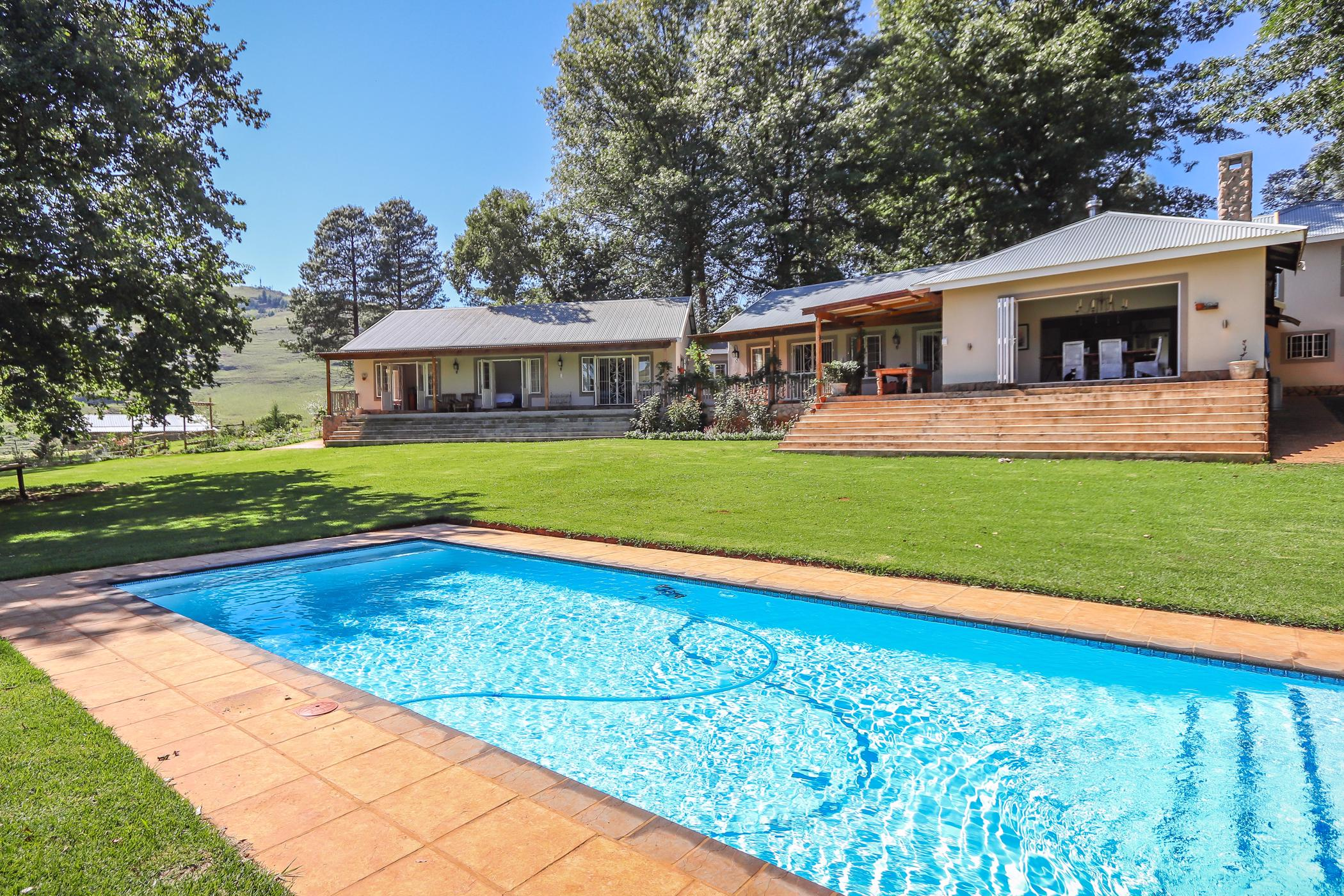https://listing.pamgolding.co.za/images/properties/201902/198681/H/198681_H_39.jpg