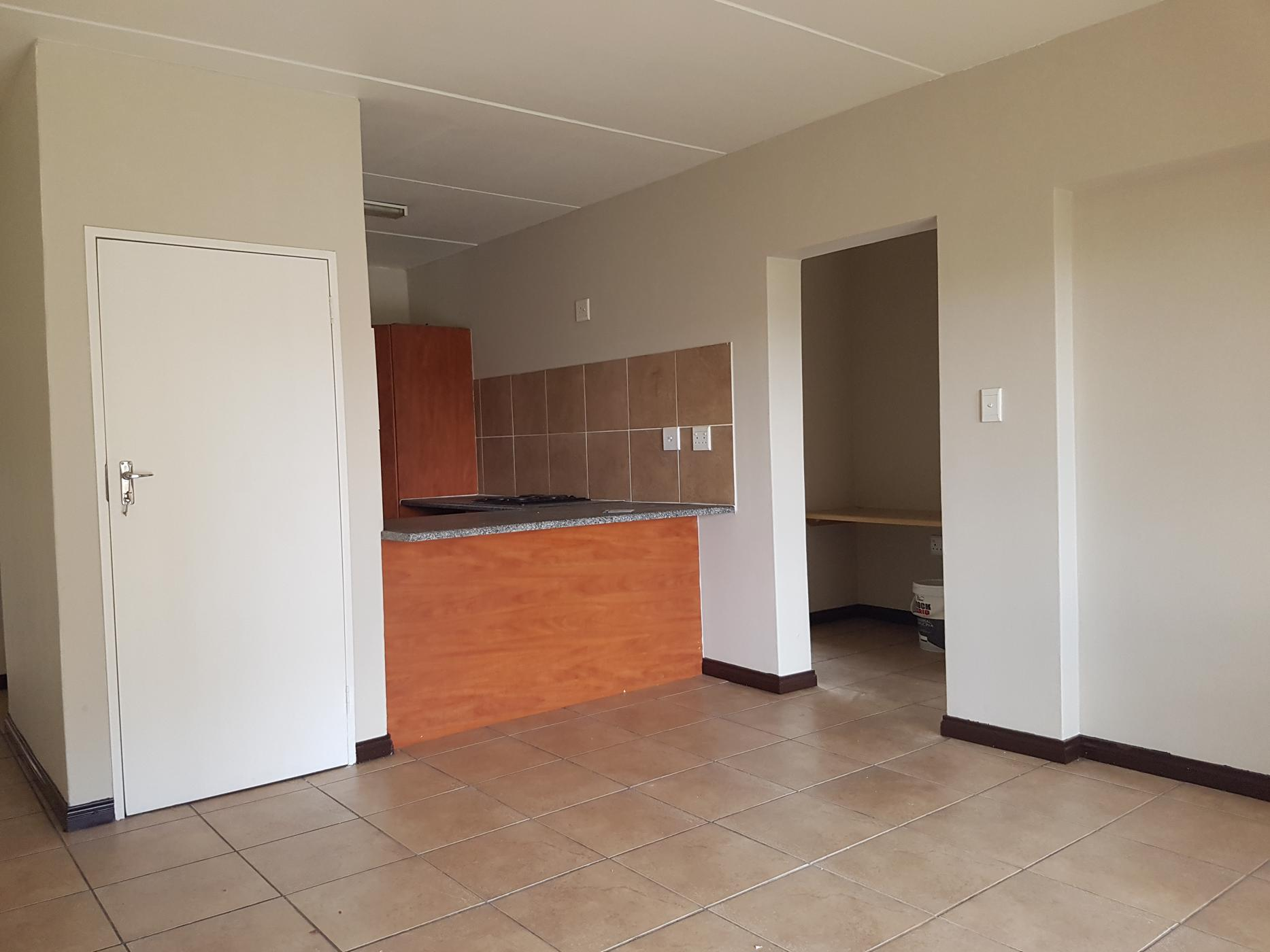 https://listing.pamgolding.co.za/images/properties/201903/1283184/H/1283184_H_3.jpg