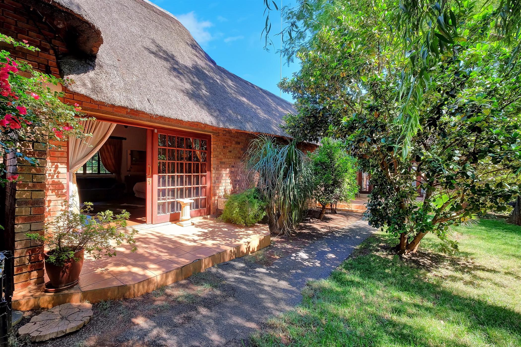 10 bedroom house for sale in Ruimsig