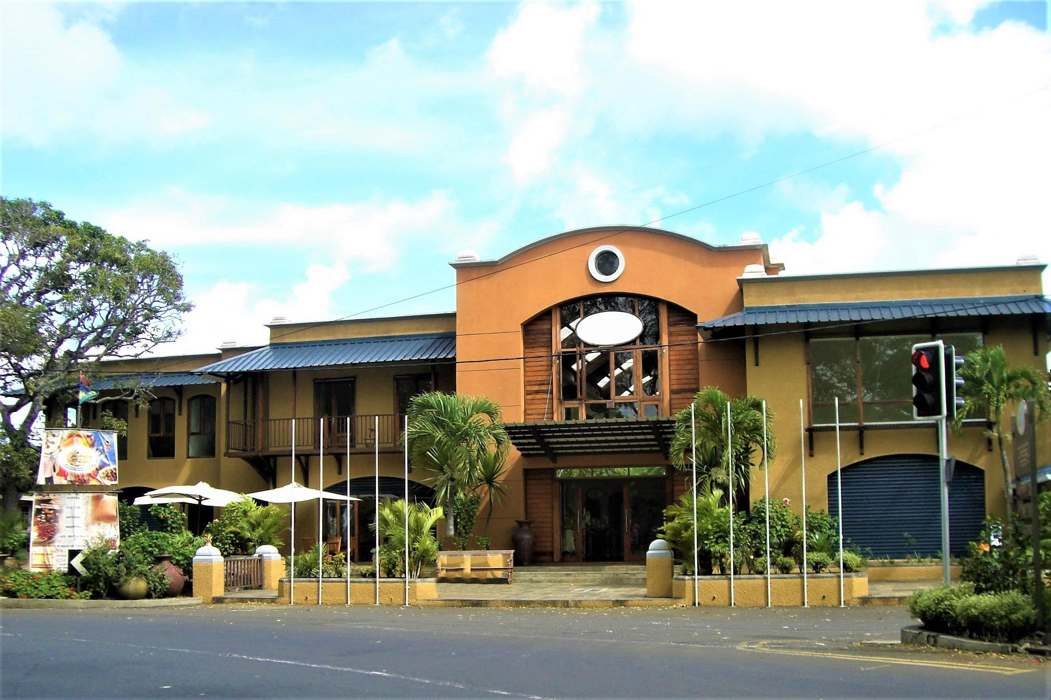 238 m² commercial office to rent in Pamplemousses (Mauritius)