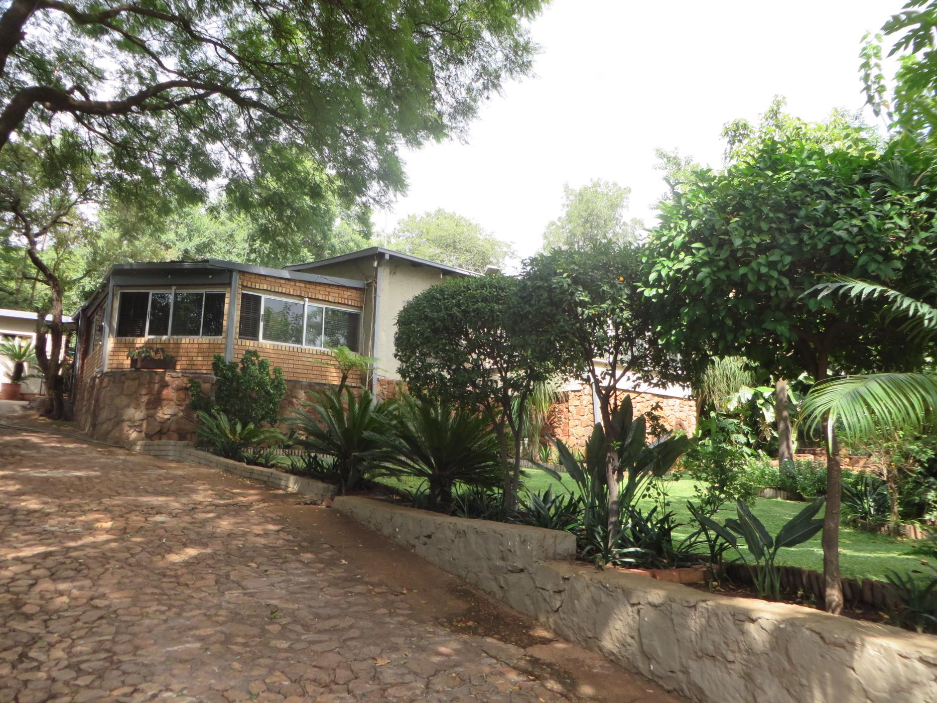 23 hectare mixed use farm for sale in Zandfontein (Hartbeespoort)