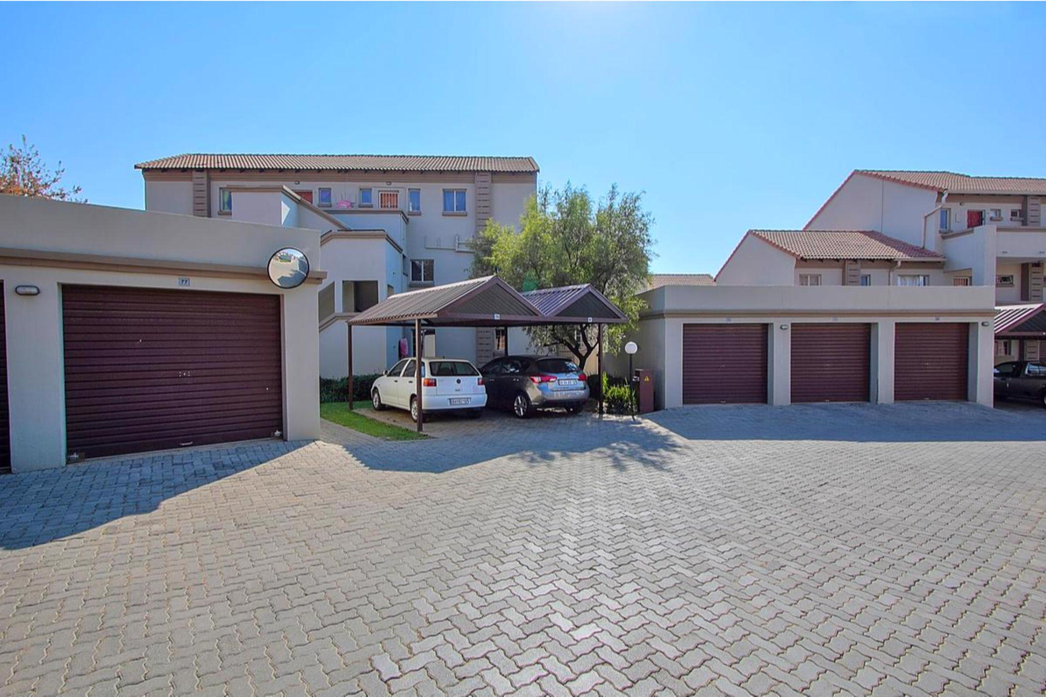 https://listing.pamgolding.co.za/images/properties/201906/1437412/H/1437412_H_14.jpg