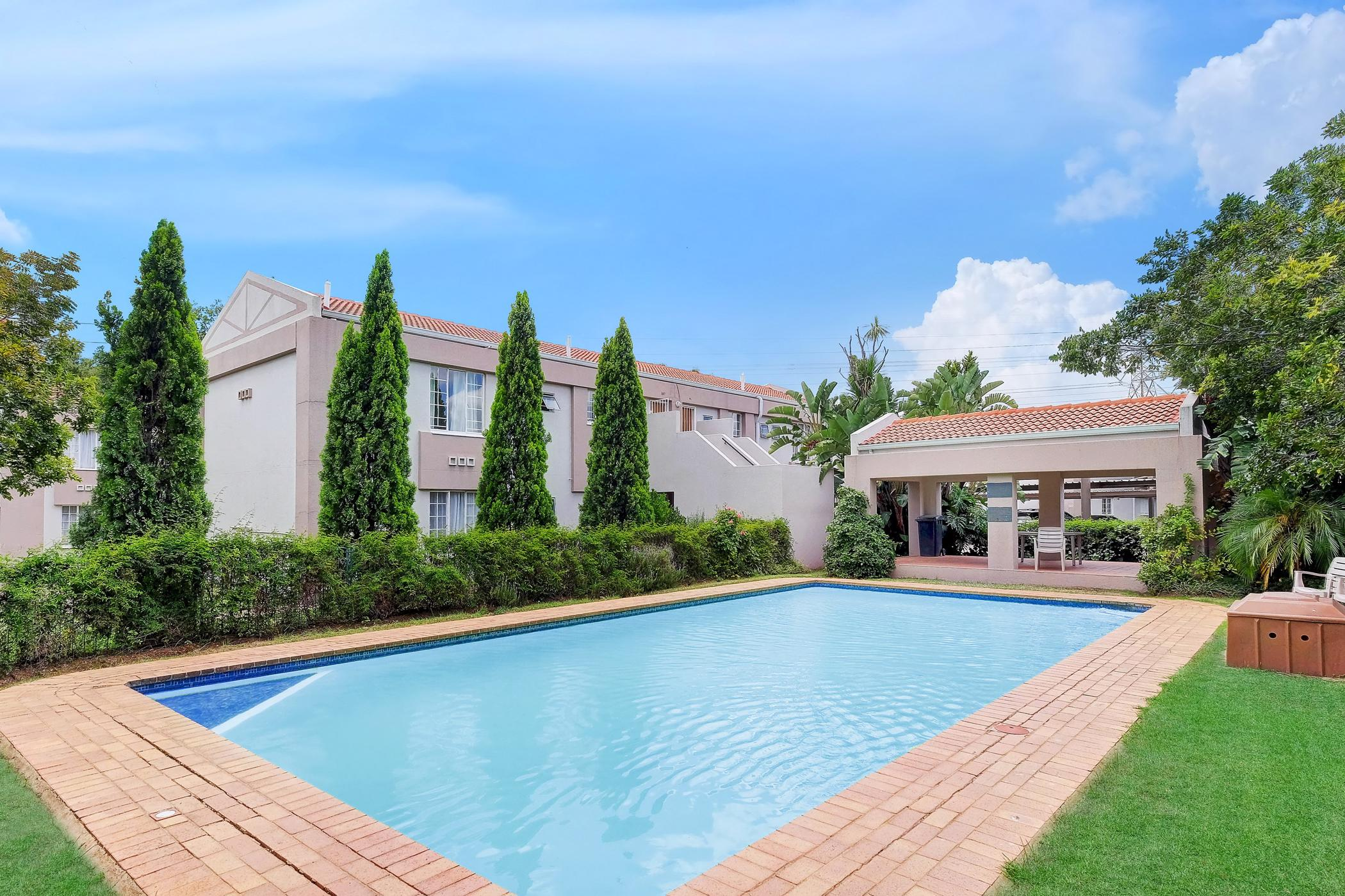 https://listing.pamgolding.co.za/images/properties/201906/1444085/H/1444085_H_13.jpg