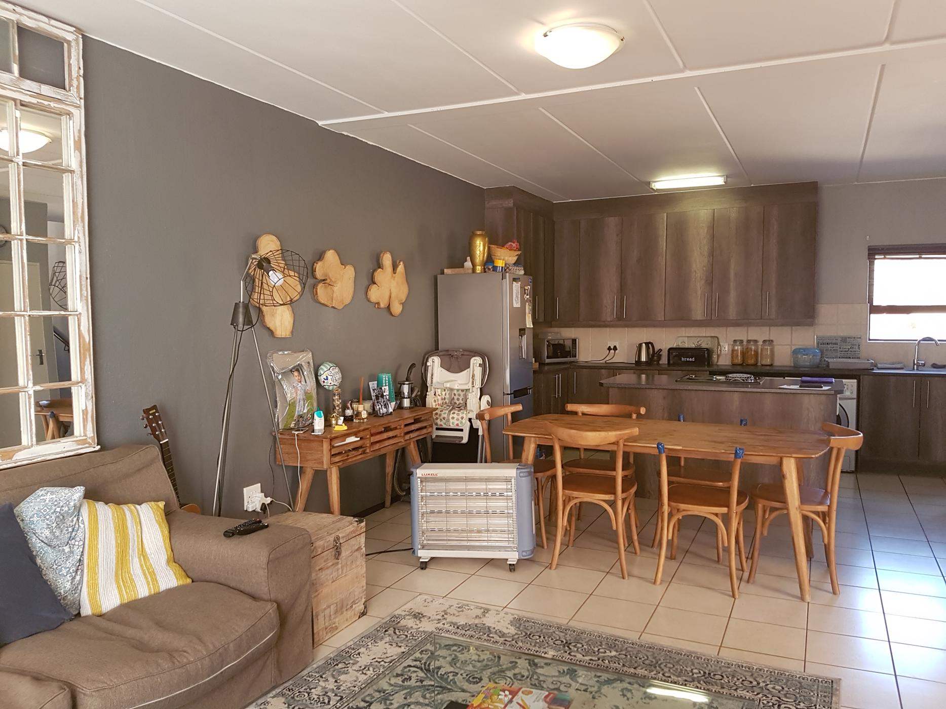 https://listing.pamgolding.co.za/images/properties/201907/1078457/H/1078457_H_1.jpg