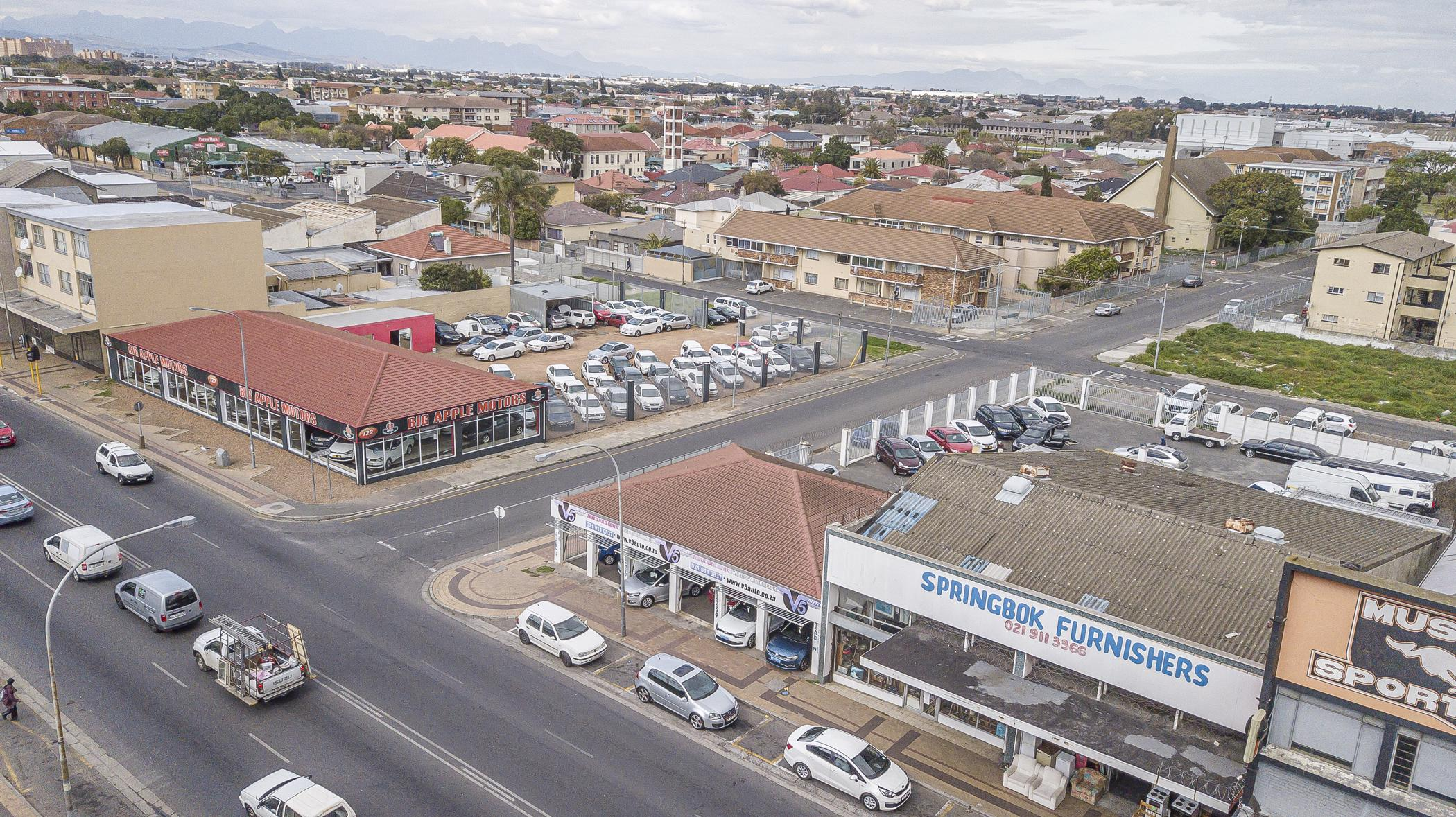 Commercial business for sale in Parow Central