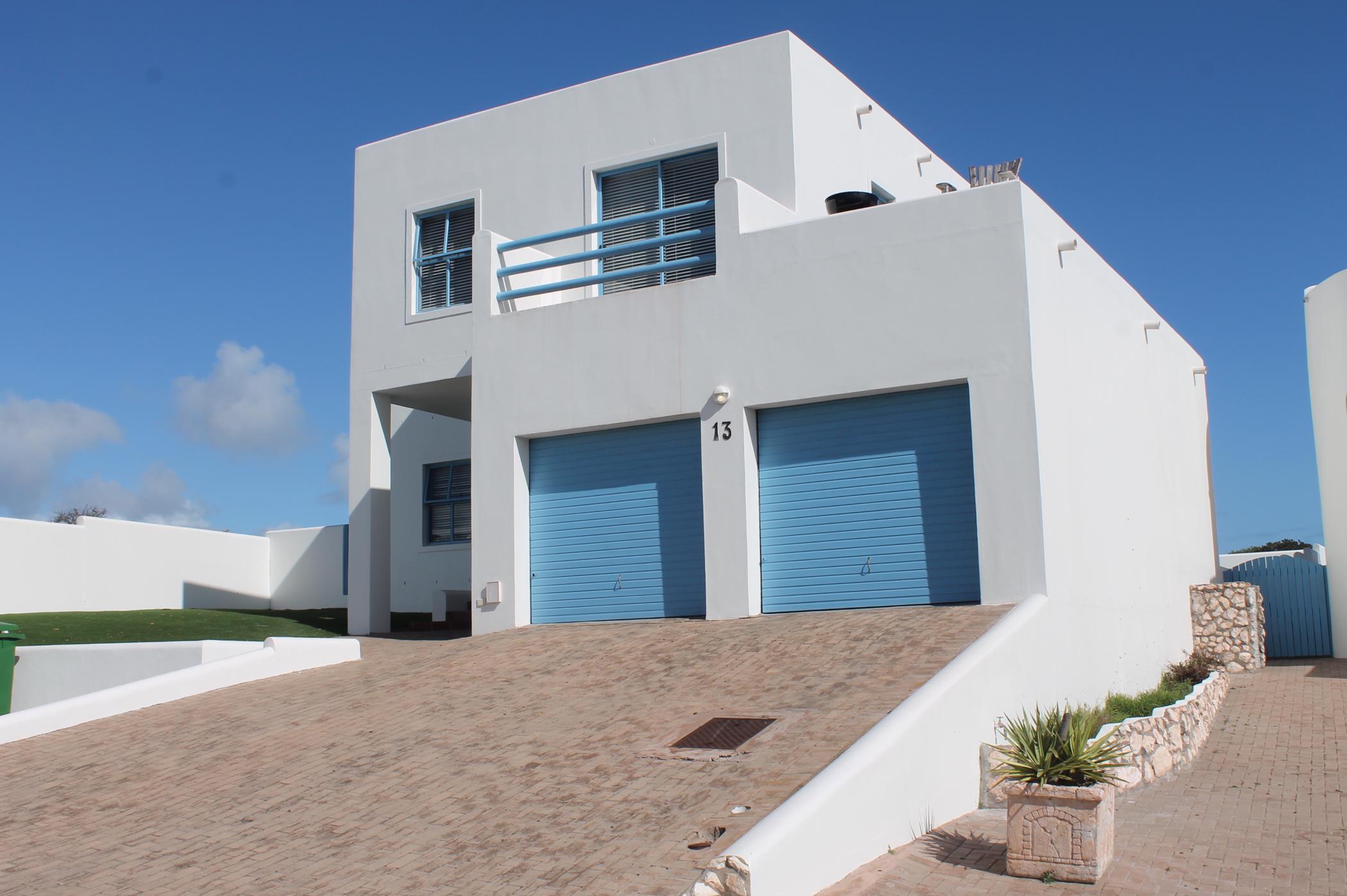 6 bedroom house for sale in Paradise Beach (Langebaan)