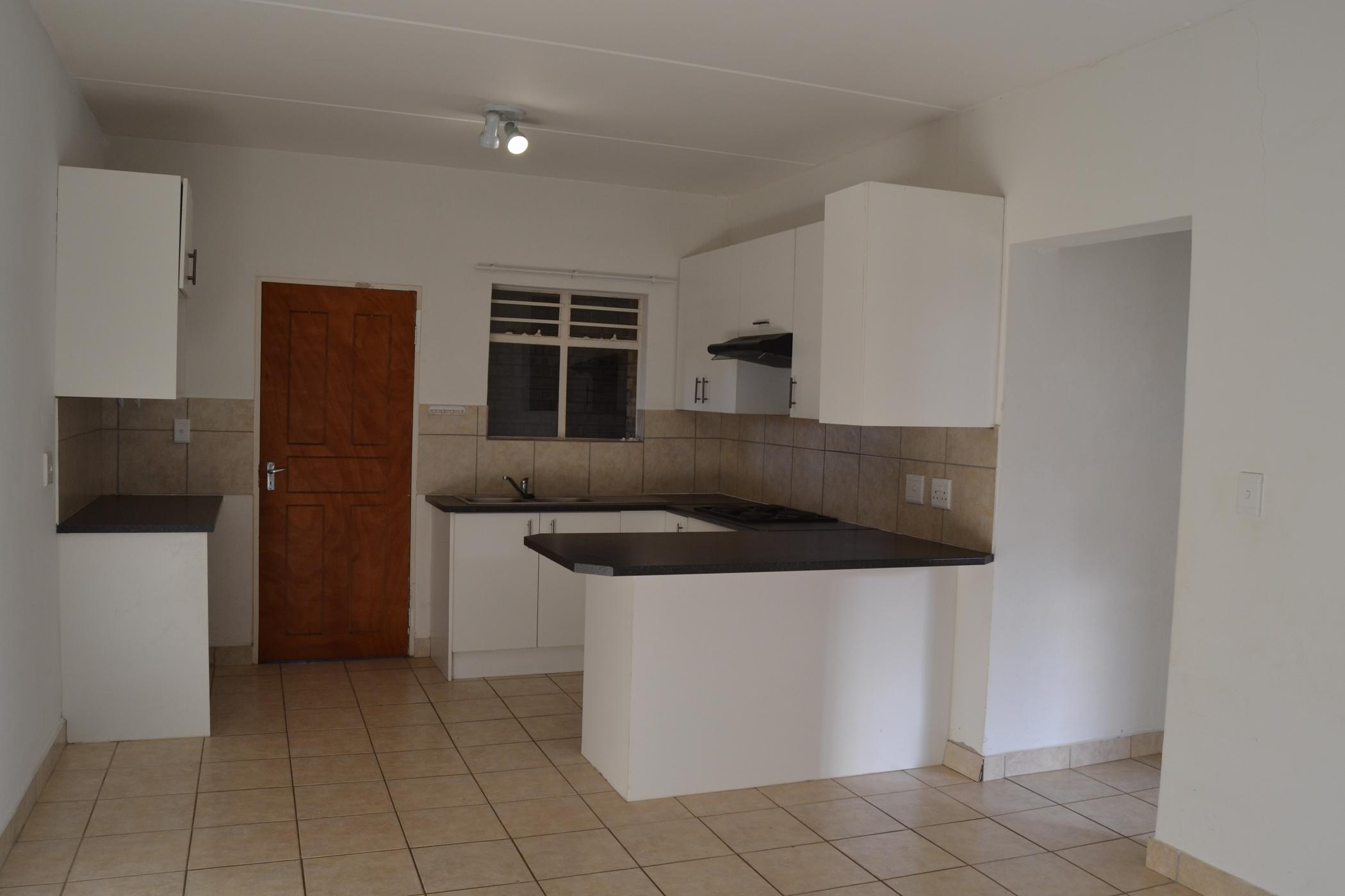 https://listing.pamgolding.co.za/images/properties/201908/622907/H/622907_H_19.jpg