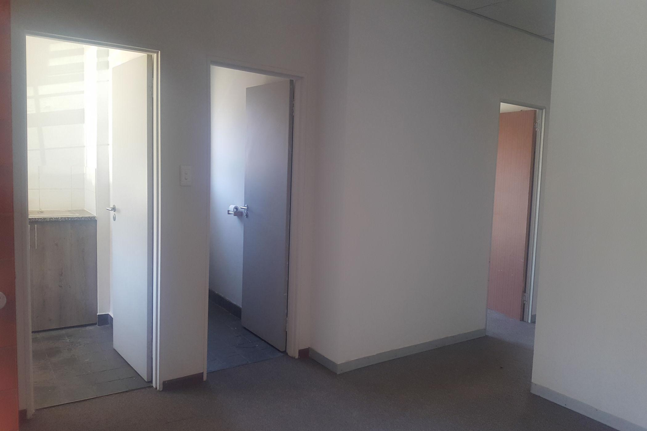 https://listing.pamgolding.co.za/images/properties/201909/1511169/H/1511169_H_1.jpg