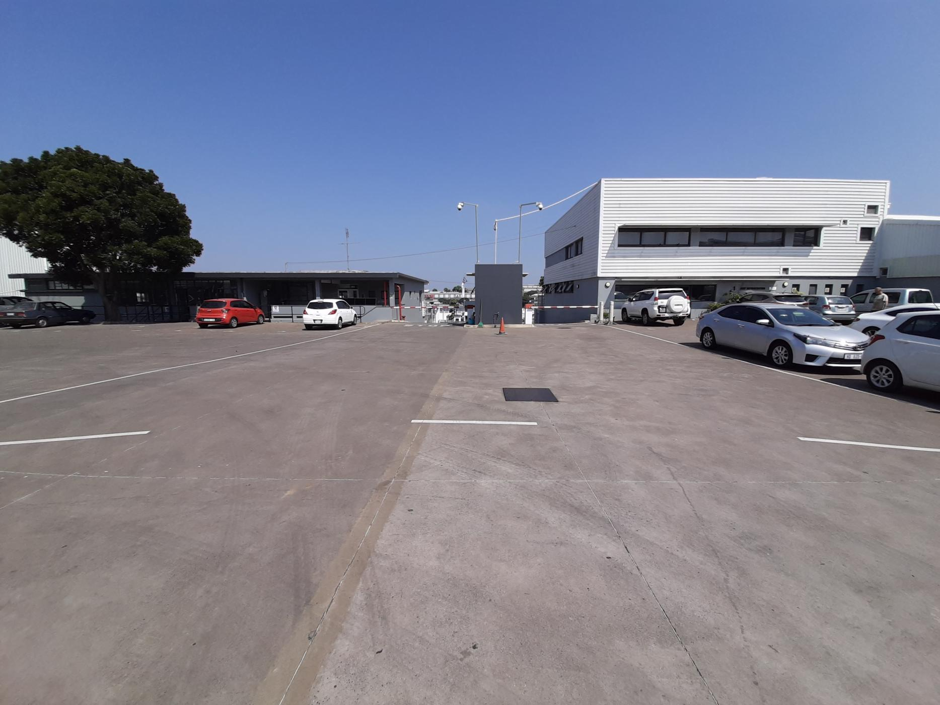 5070 m² commercial industrial property to rent in Westmead