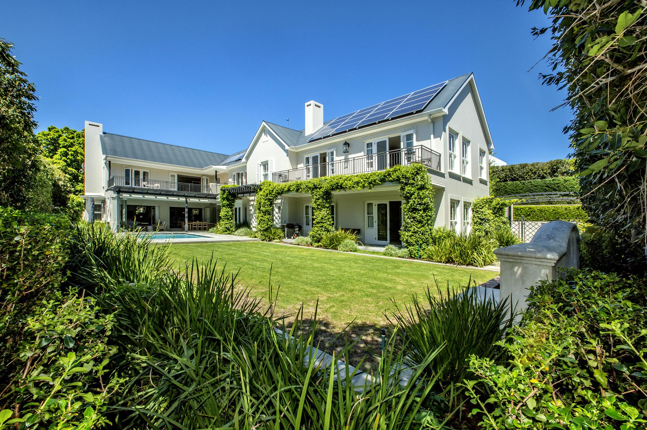 6 bedroom house for sale in Claremont Upper