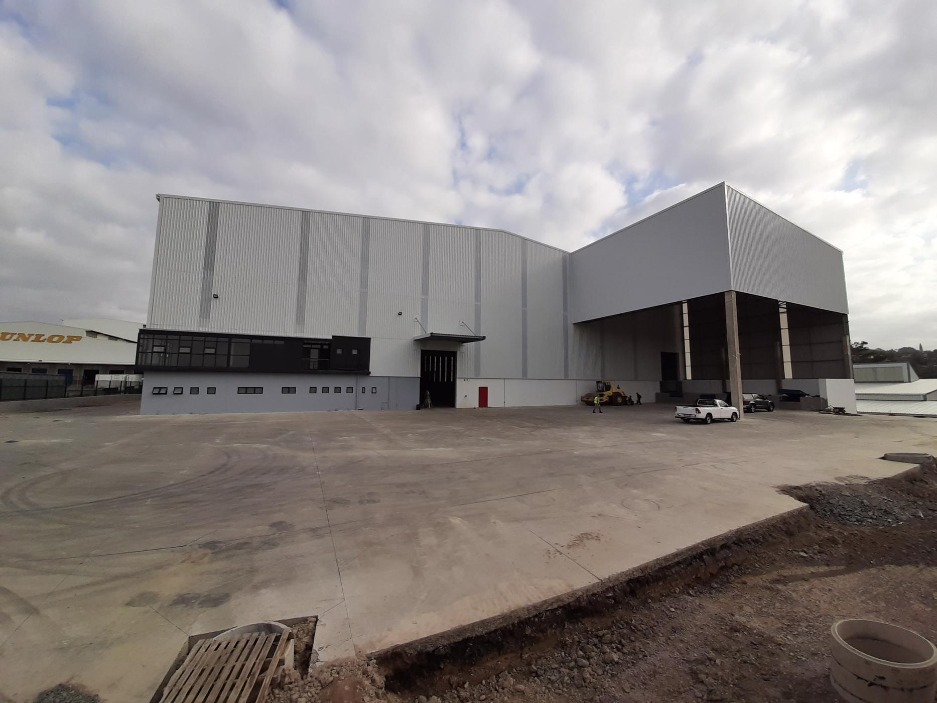 8300 m² commercial industrial property to rent in Westville