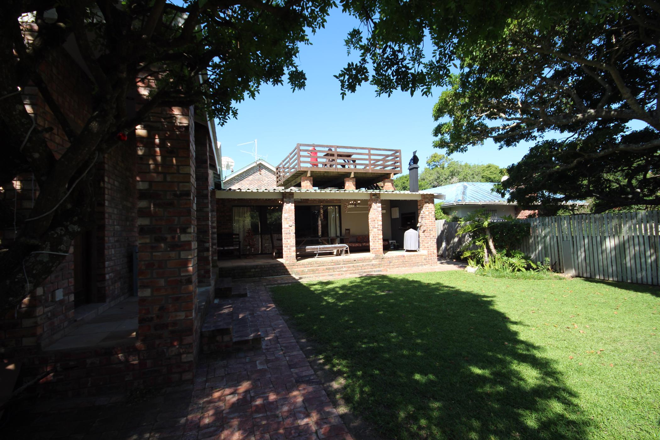 6 bedroom house for sale in East Bank