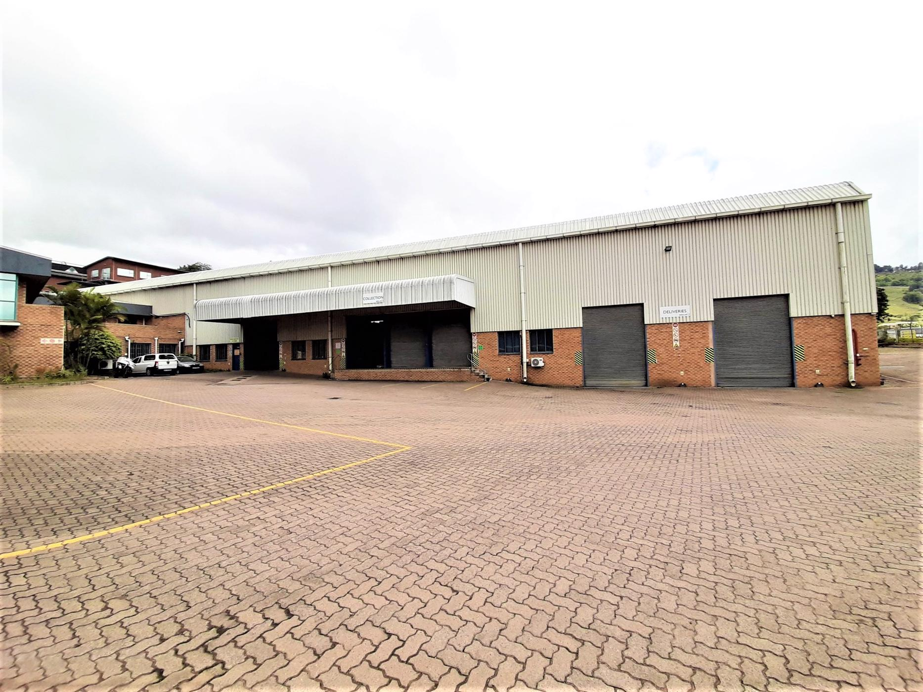 4211 m² commercial industrial property to rent in Westmead
