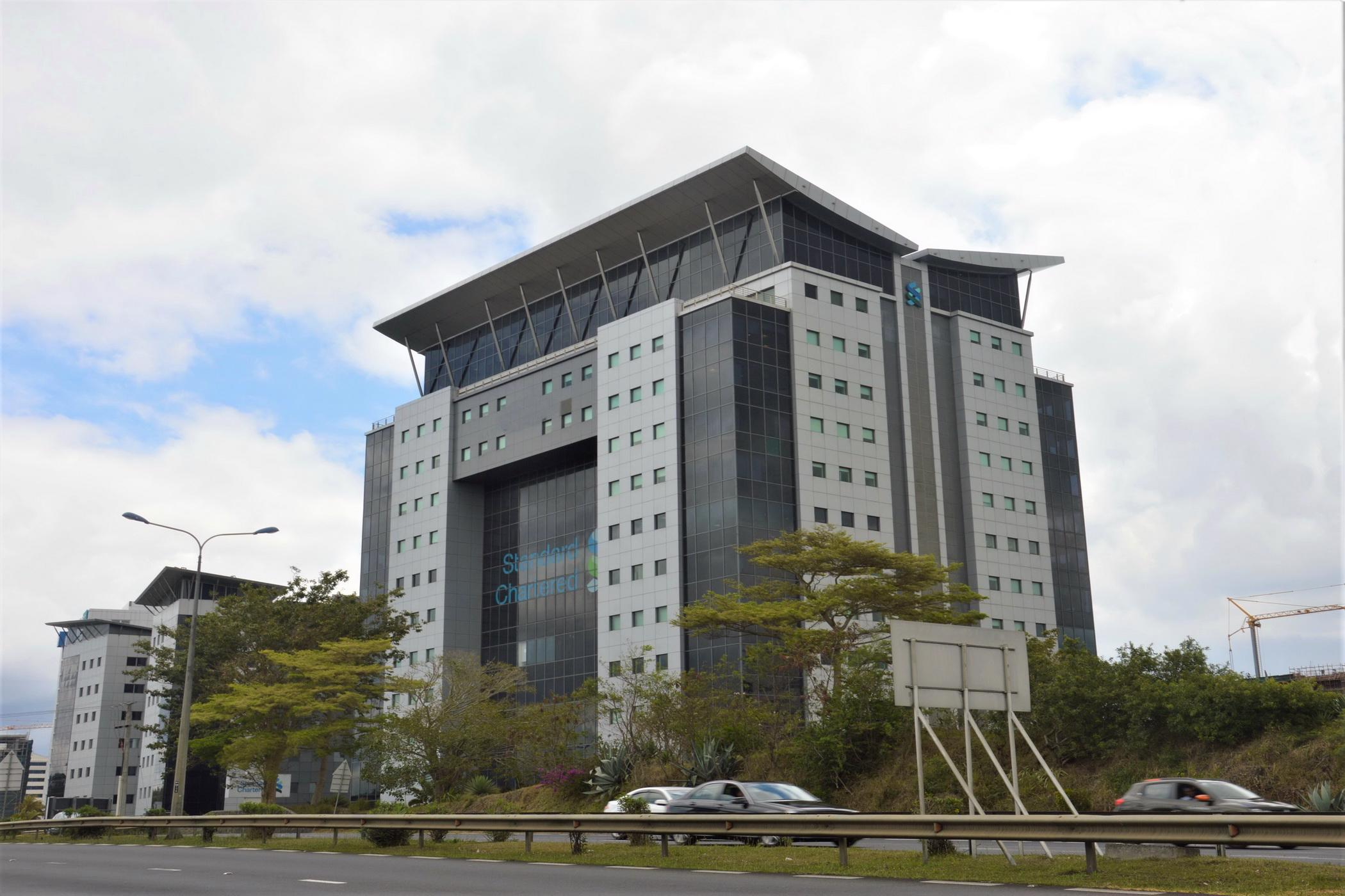 355 m² commercial office for sale in Ebene (Mauritius)