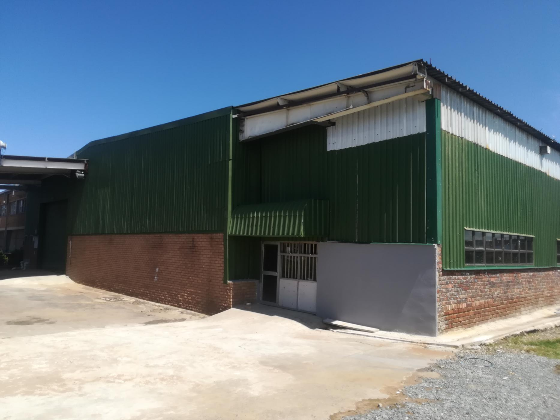 Commercial office to rent in Riverside Industrial