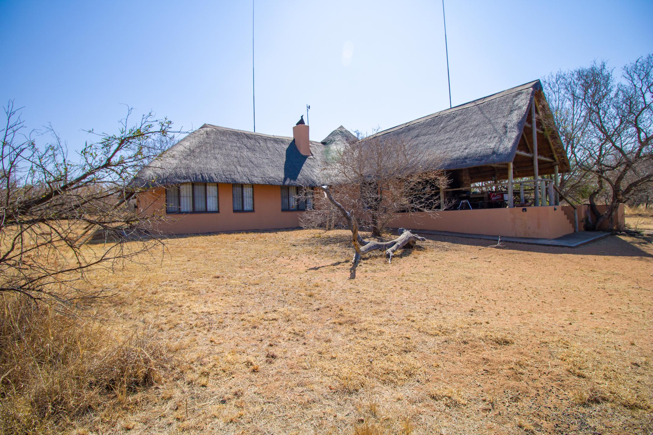 1 hectare game farm for sale in Vaalkop Dam, Bushwillow Estate