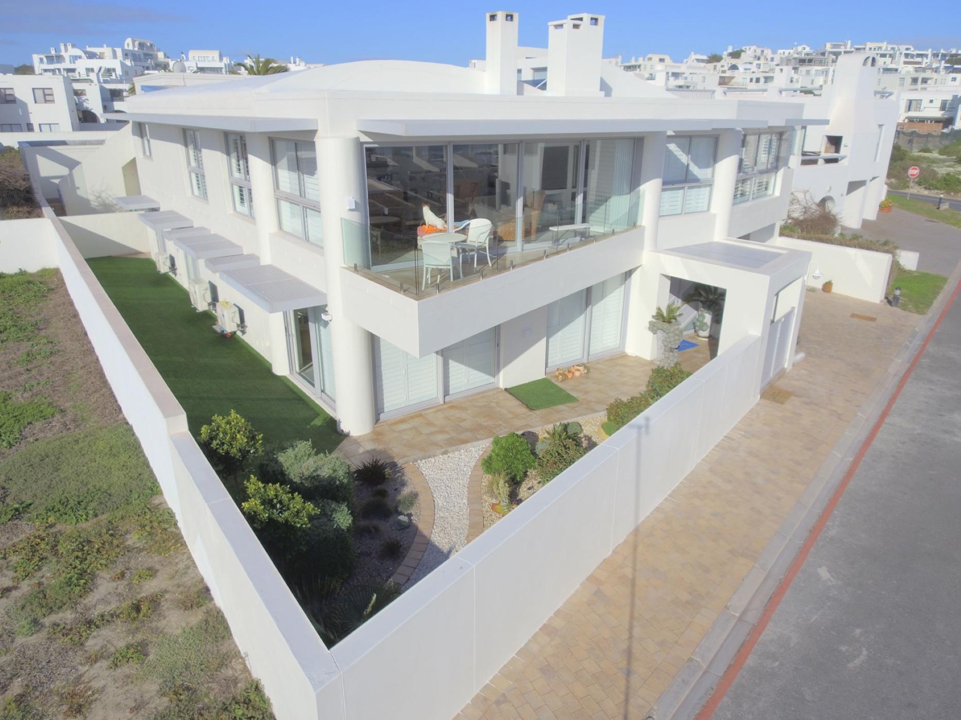 5 bedroom security estate home for sale in Paradise Beach (Langebaan)