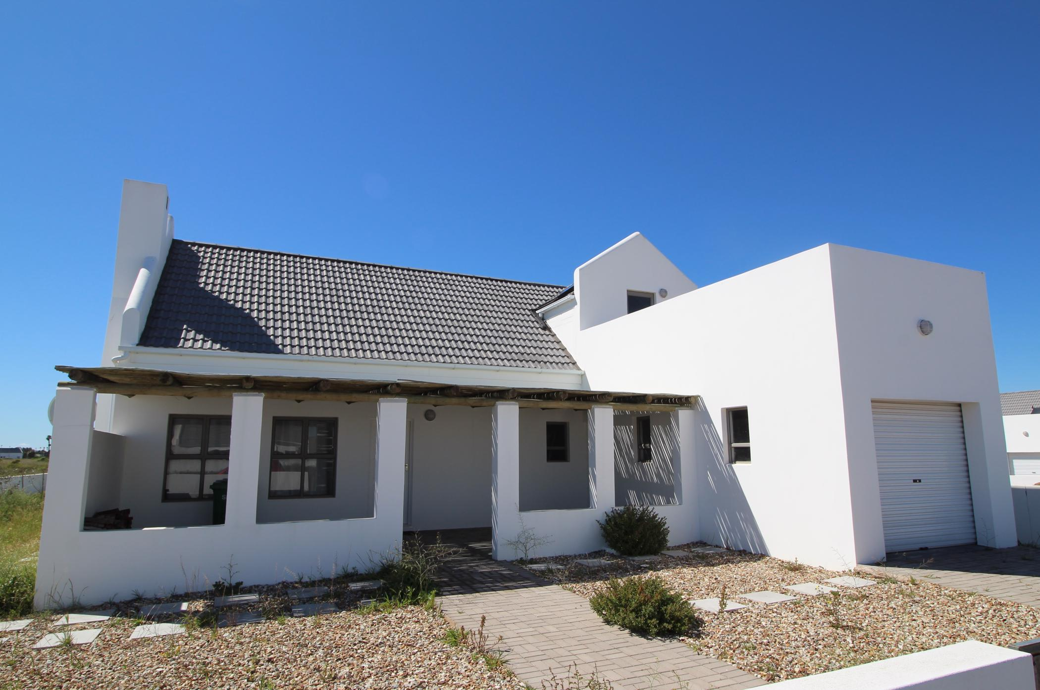 3 bedroom house for sale in Golden Mile