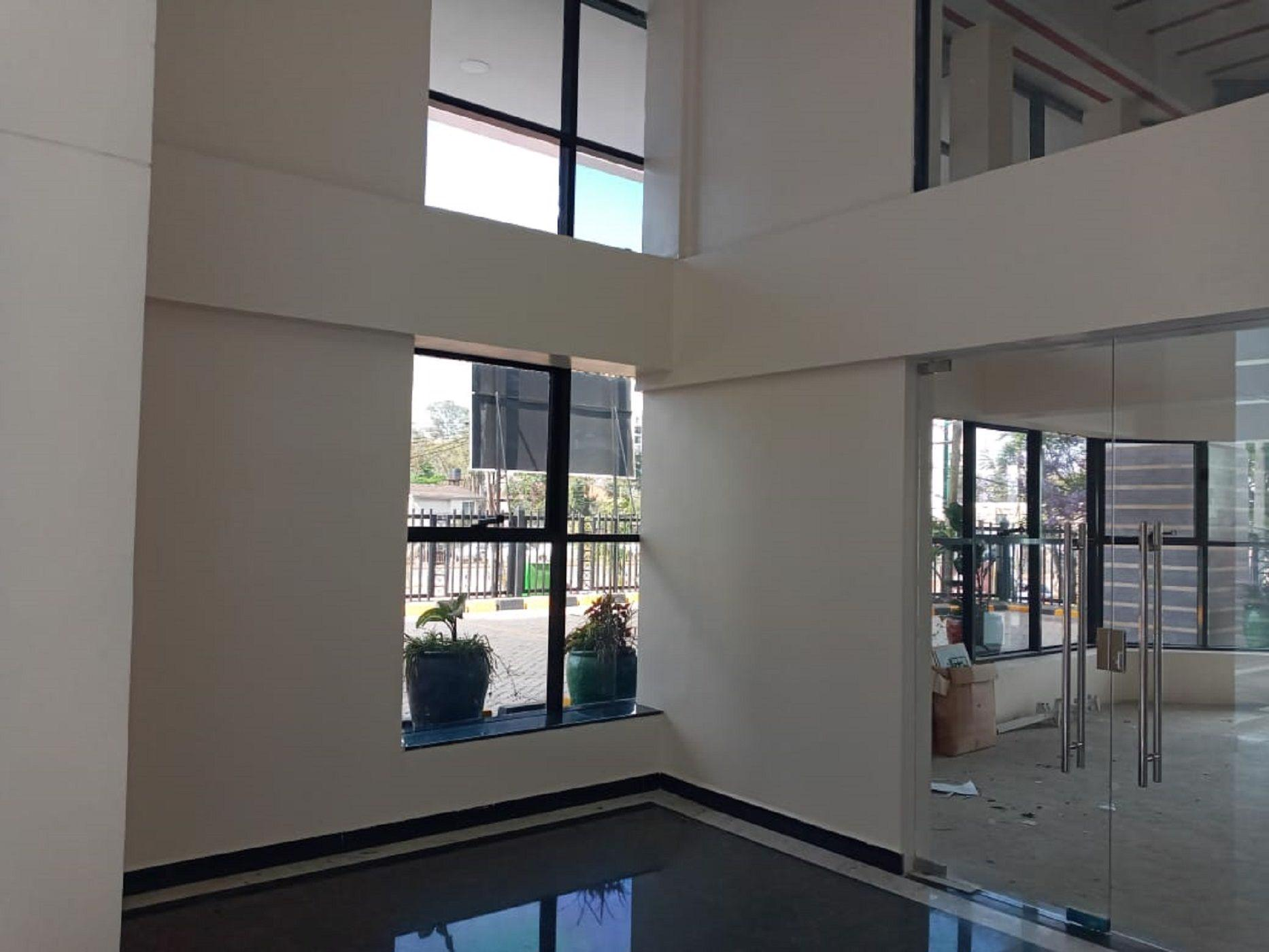 830 m² commercial office to rent in Kilimani (Kenya)