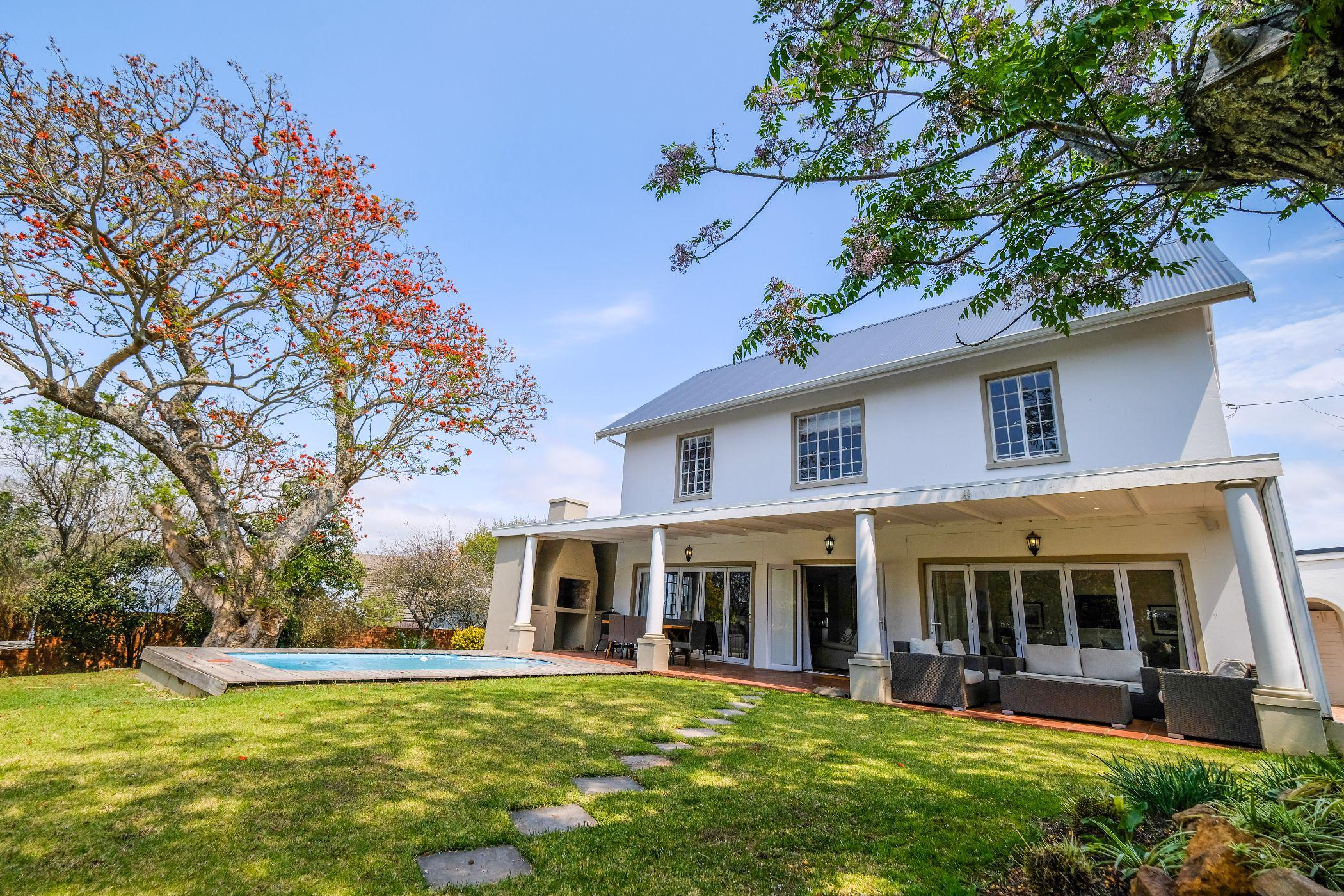 3 bedroom house for sale in West Hill (Makhanda (Grahamstown))