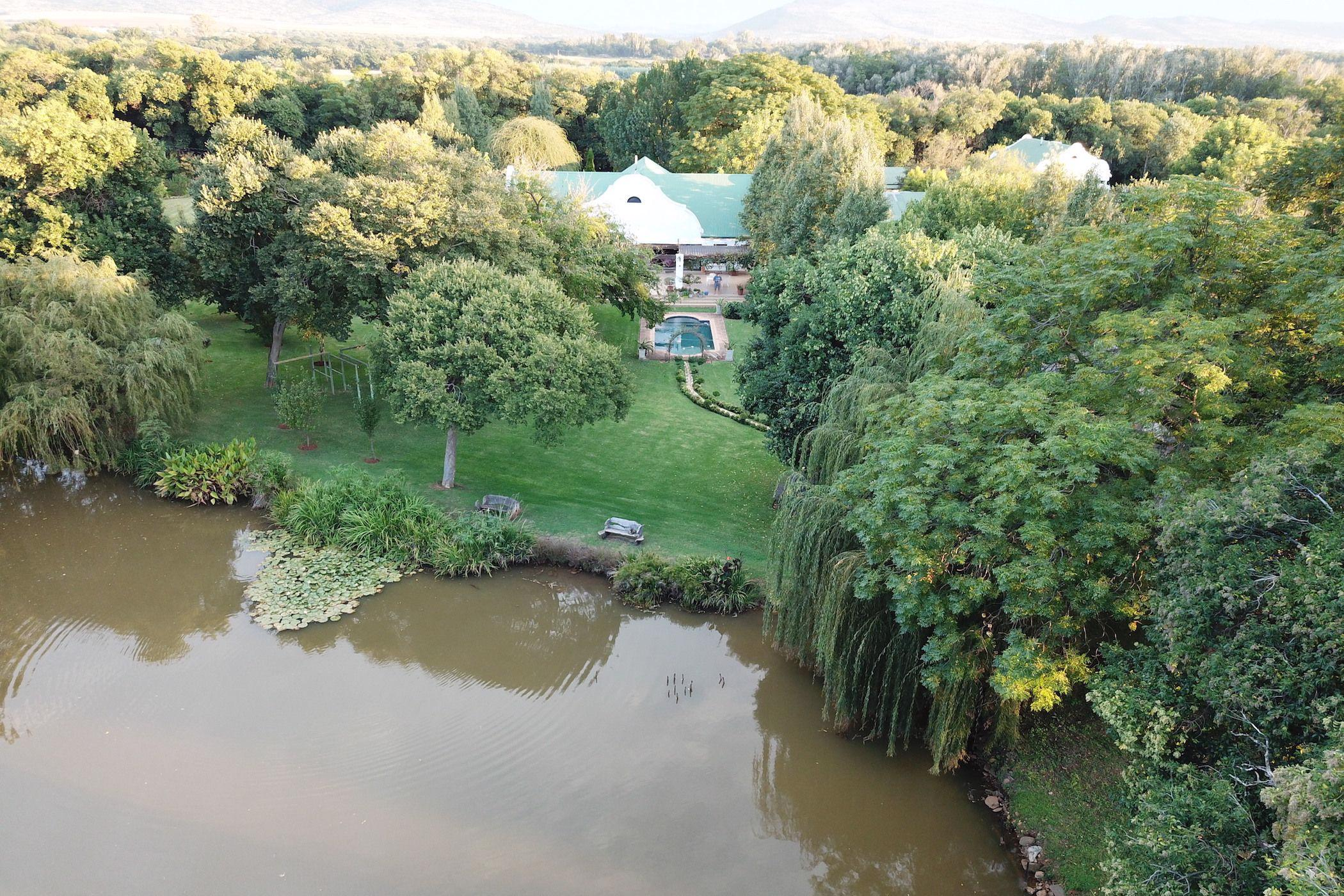 14000 m² mixed use farm for sale in Skeerpoort