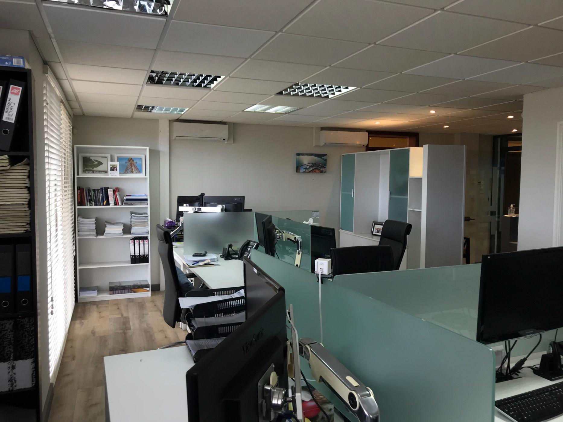 109 m² commercial office to rent in Pointe aux Canonniers (Mauritius)