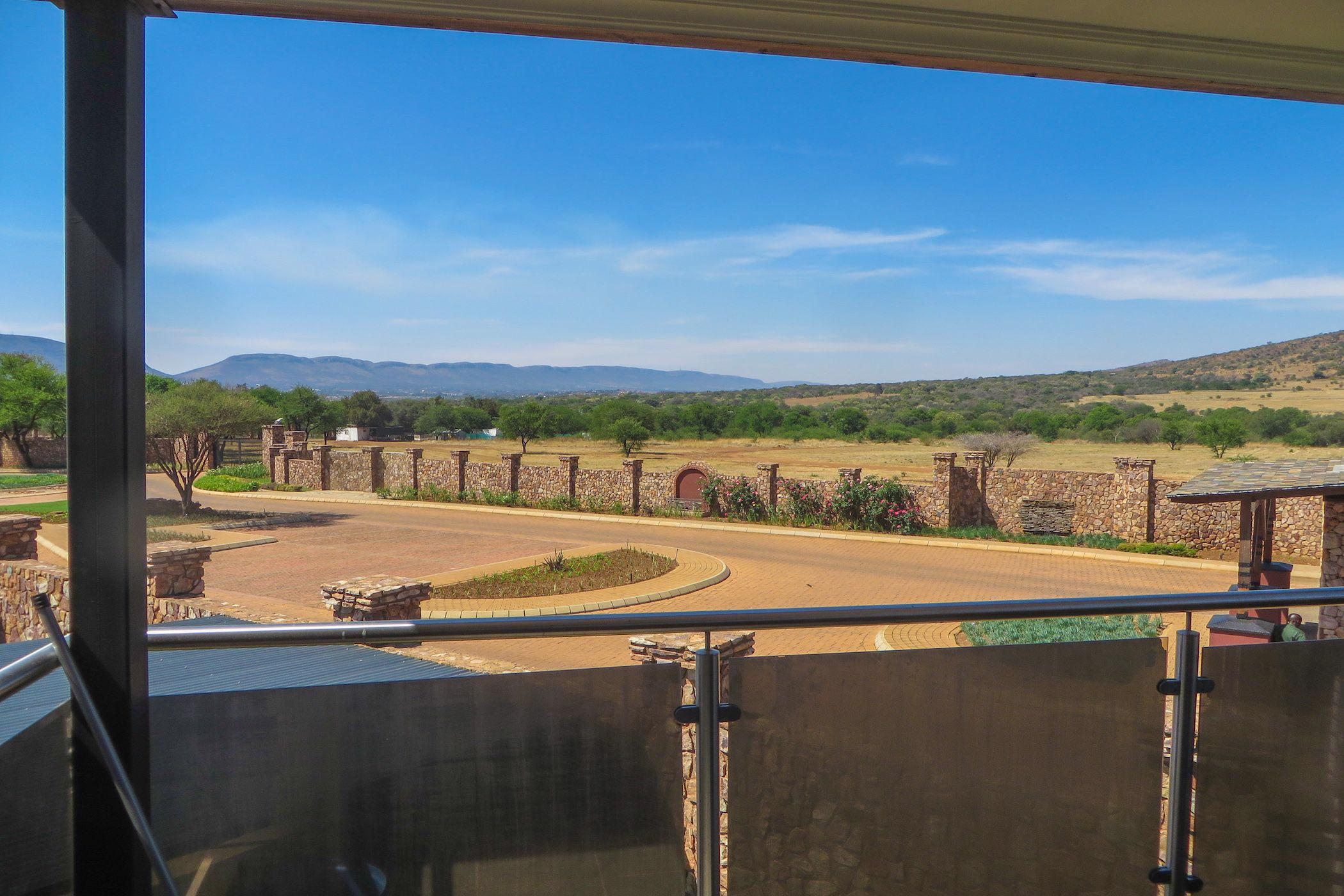 2 bedroom apartment for sale in Red Stone Estate