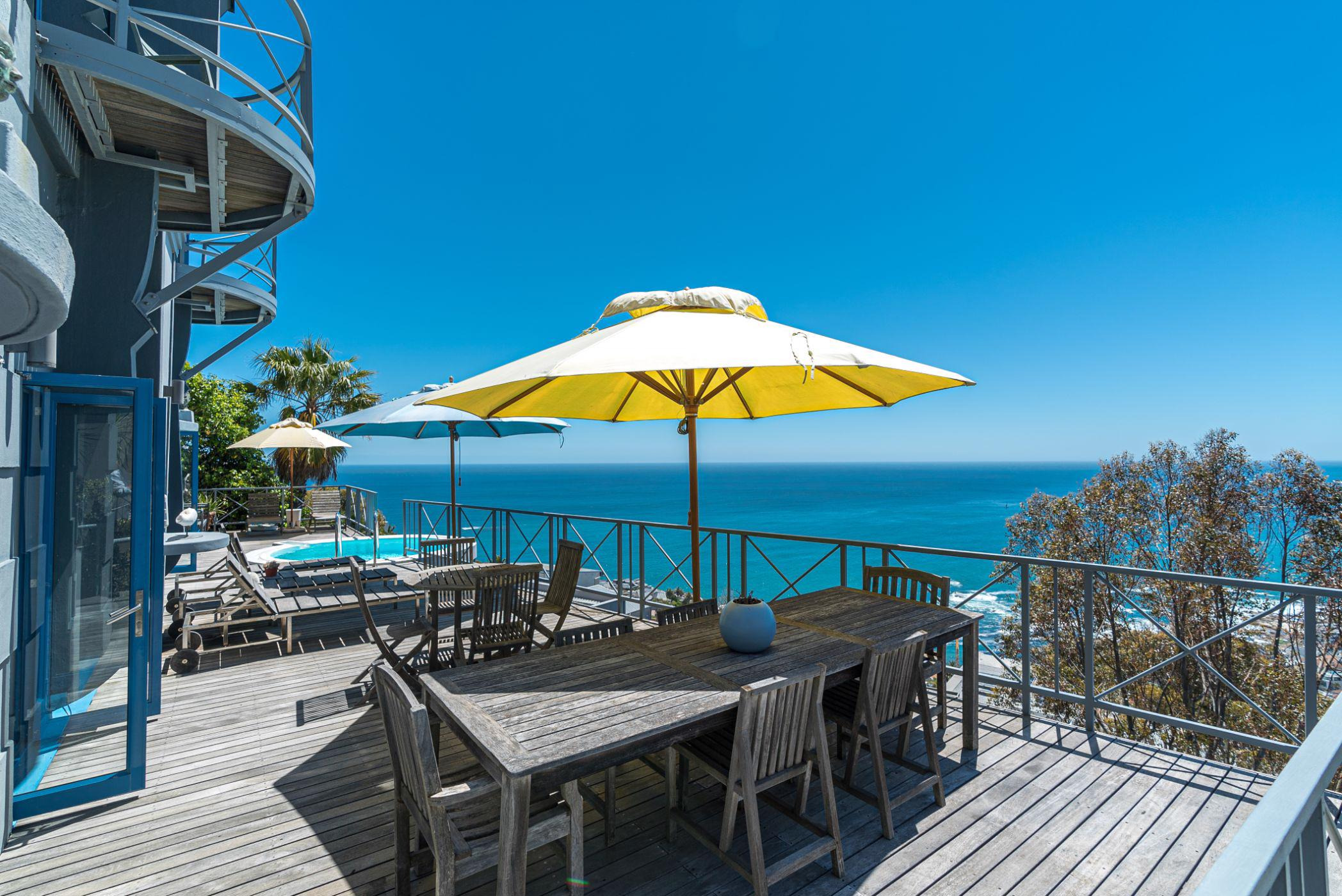 4 bedroom house for sale in Bantry Bay