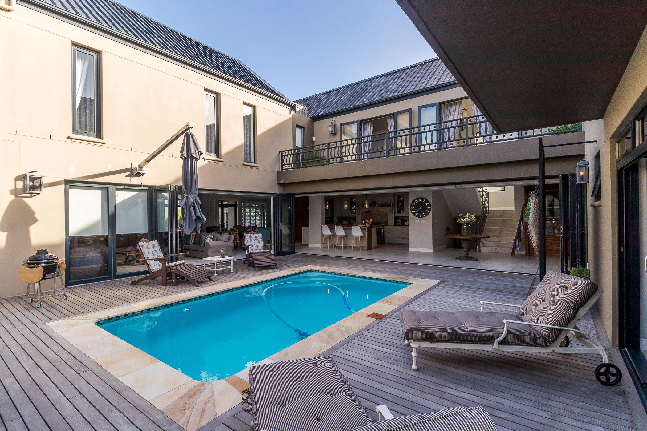 4 bedroom house for sale in Longlands Country Estate